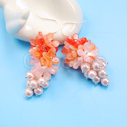 Flower Dangle Earrings which Acrylic bead Caps and Pearl Beads