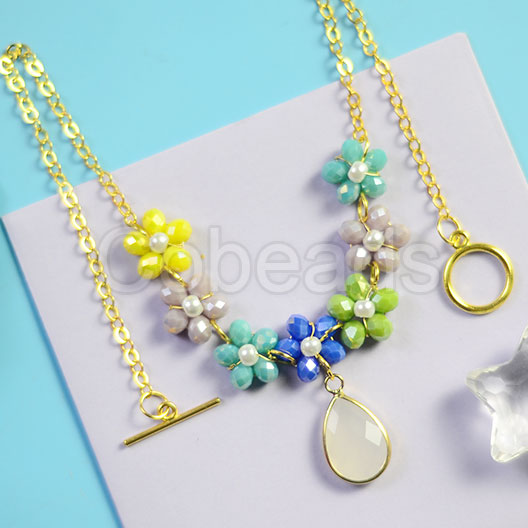 Summer Flower Chain Necklace with Faceted Glass Beads