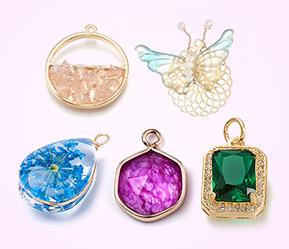 Glass Charms & Pendants